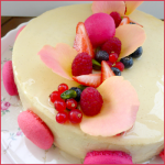 Perle de Pascal Lac (Entremet fruits rouges & vanille)