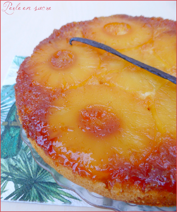 Gâteau renversé à l'ananas vegan {sans oeufs, sans beurre}